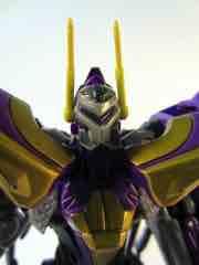 Hasbro Transformers Generations Fall of Cybertron Kickback