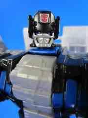 Hasbro Transformers Generations Combiner Wars Protectobot Rook