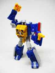Transformers Generations War for Cybertron Trilogy Selects Greasepit Action Figure