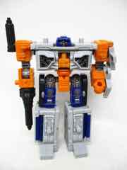 Hasbro Transformers Generations War for Cybertron Earthrise Deluxe Airwave Action Figure