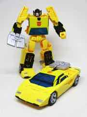 Hasbro Transformers Generations War for Cybertron Earthrise Deluxe Sunstreaker Action Figure