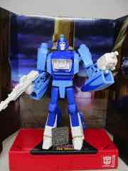Hasbro Transformers Studio Series Blurr