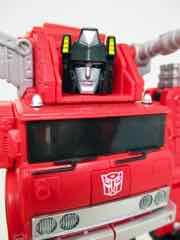 Hasbro Transformers Generations War for Cybertron Kingdom Voyager Inferno Action Figure