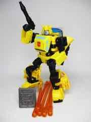 Hasbro Transformers Generations War for Cybertron Trilogy Deluxe Buzzworthy Origin Bumblebee Action Figure